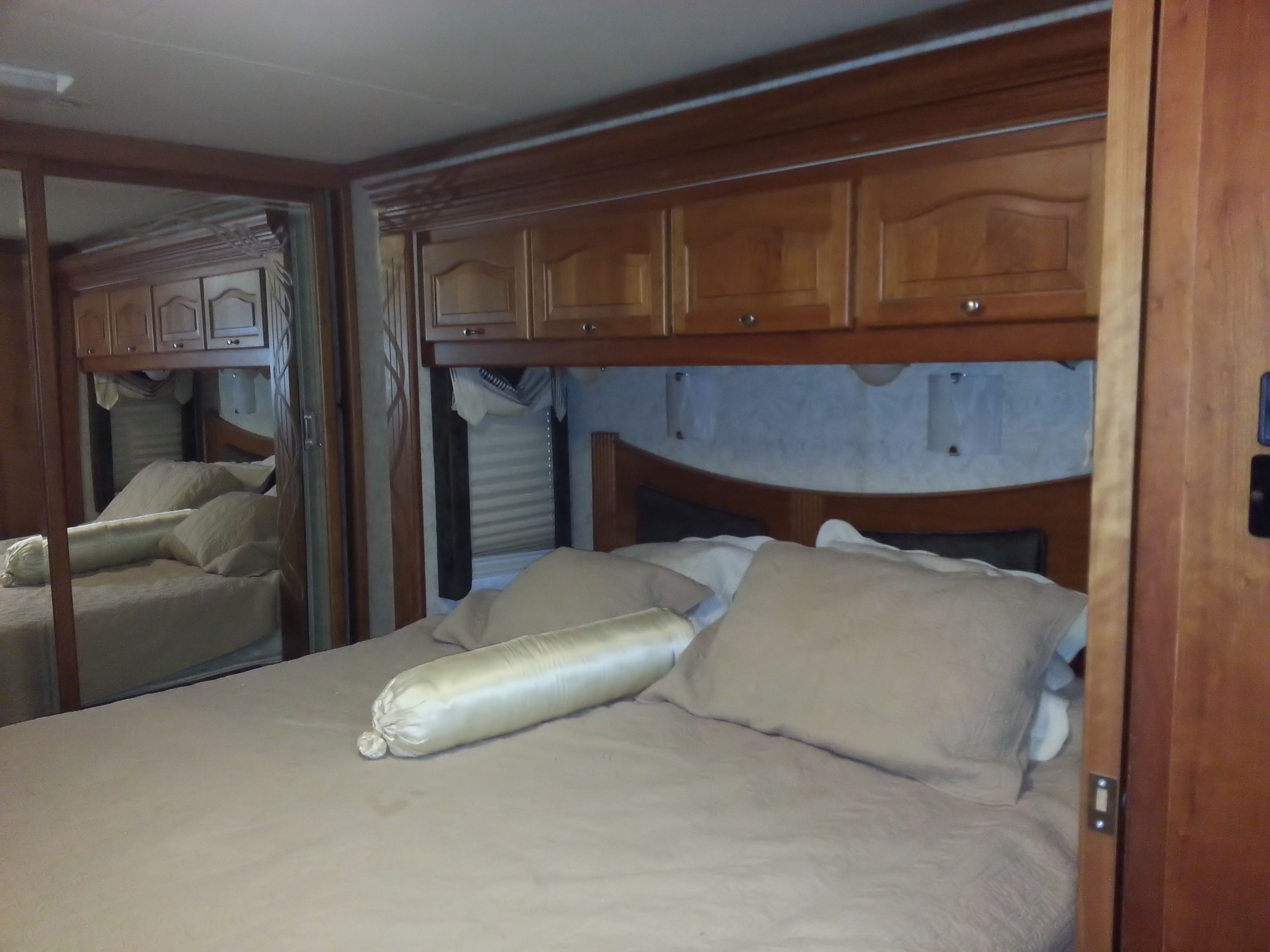 Allegro Bus 40 motorhome Talladega All Inclusive RV Rental 2013