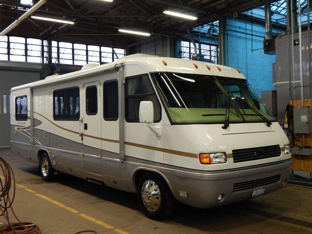 AIR STREAM LAND YACHT 2004