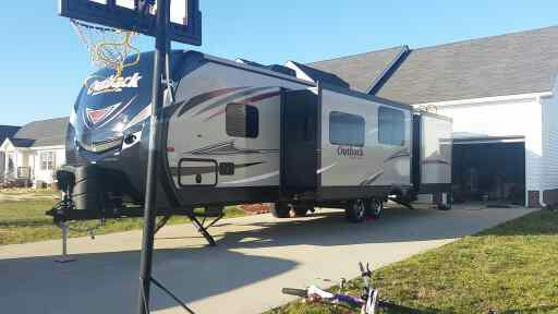 Outback diamond super lite 2016