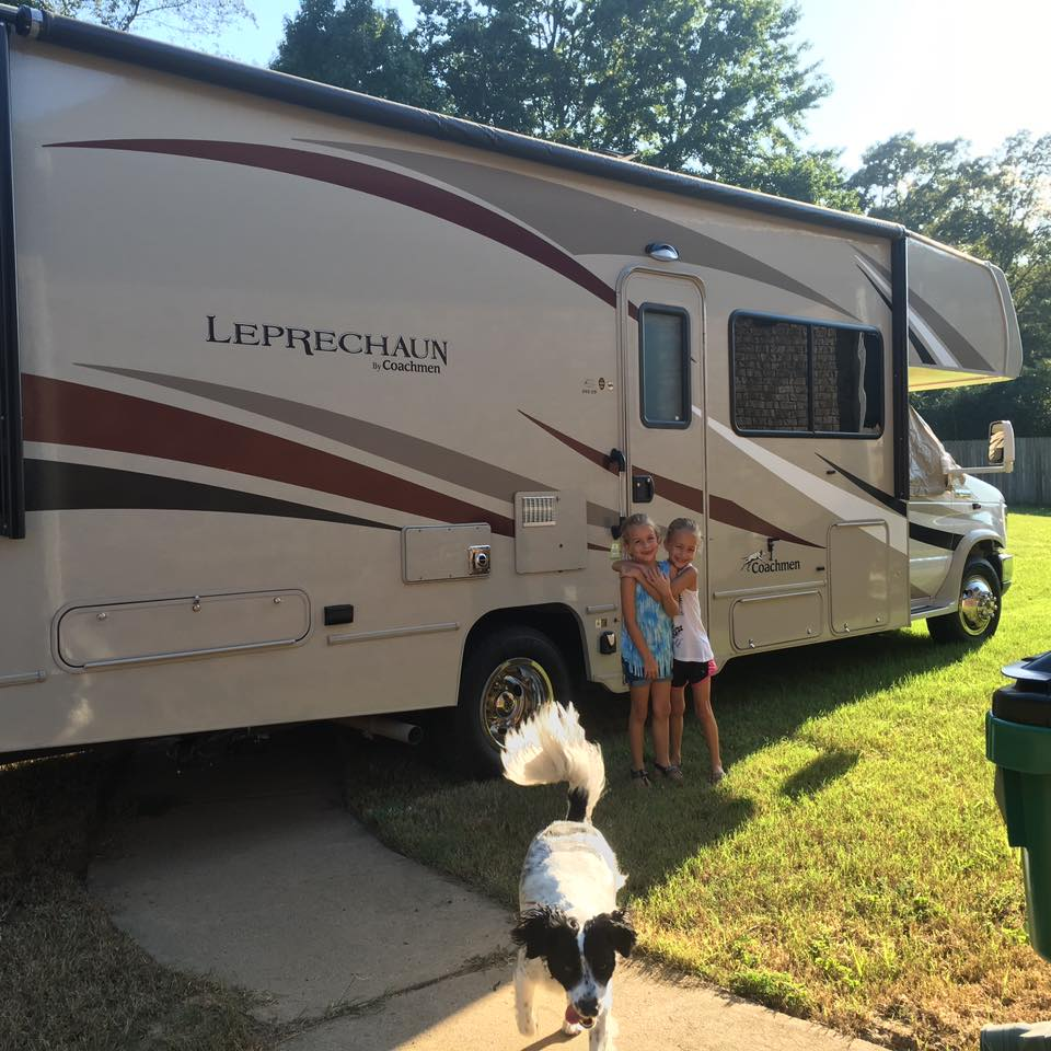 Coachmen Leprechaun 2016