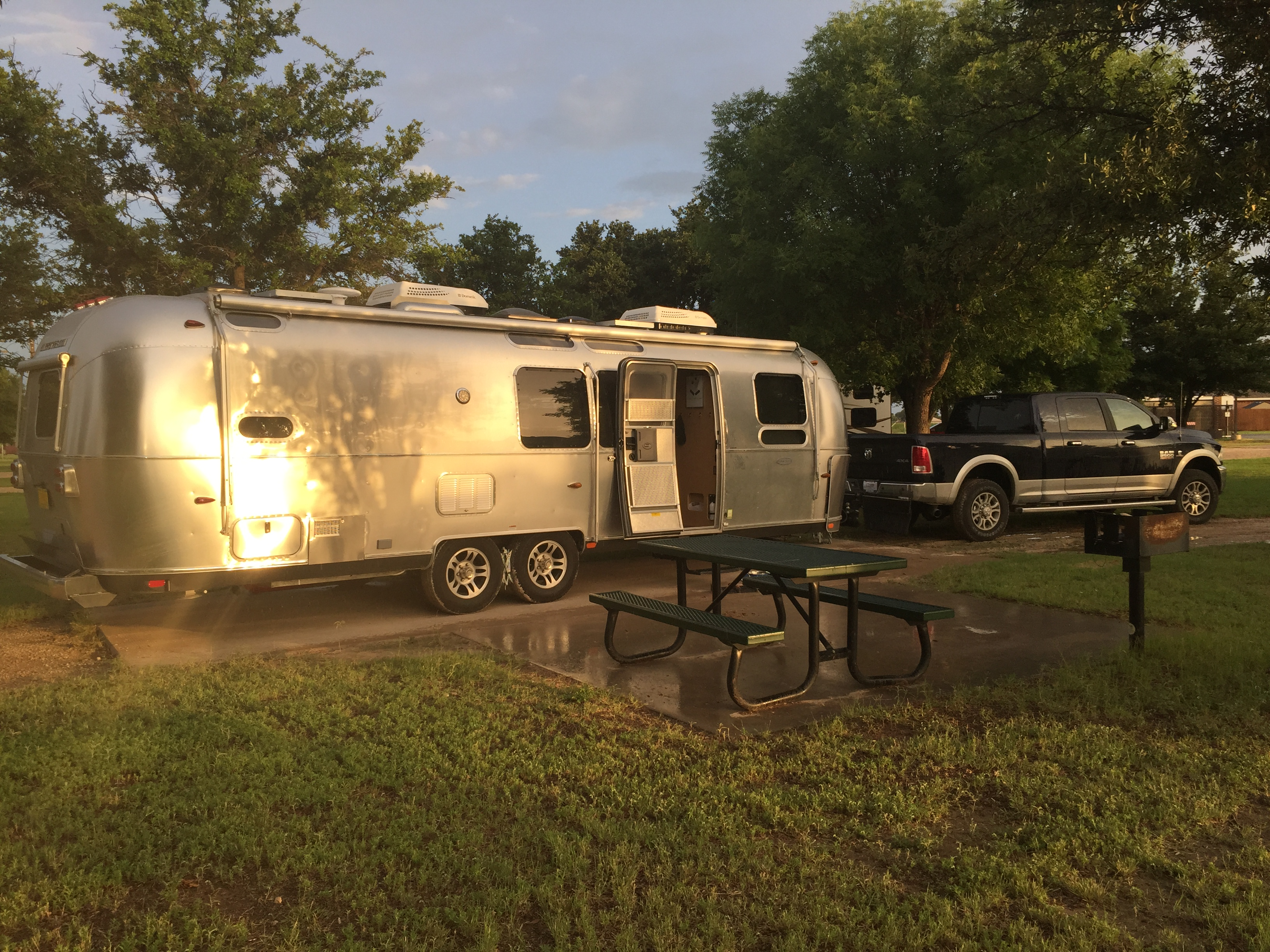 Airstream Flying Cloud FB 2015